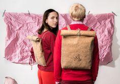 MEGALOMANIA, Korksacks, Sack and Pack Collection. Die Korksacks sind Allrounder in schlichter Form. Das Naturmixgewebe aus Kork und Jute ist robust und wasserabweisend. Man kann sie seitlich oder auf dem Rücken tragen. Wir verzichten ganz auf metallische Verschlüsse somit sind die Taschen 100% organisch. Die Taschen werden limitiert in Leipzig handgefertigt. Auch individuelle Anpassungen sind möglich. #eco #fair #limited #upcycling Form, Helping People, Jute, Backpacks, Bags, Collection, Leipzig, Handmade, Repurpose