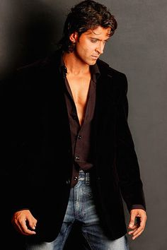Hrithik Roshan - Pic 4 by dibakardesigner, via Flickr
