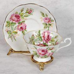 Royal albert teacup & saucer - decorated with pink roses Royal Albert, Cup And Saucer Set, Tea Cup Saucer, Antique Tea Cups, Vintage Teacups, Bone China Tea Cups, Teapots And Cups, Rose Tea, My Cup Of Tea