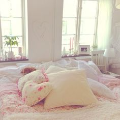 bed, bedroom, pillows, floral, flowers, ruffles, white, room, rosy, pink