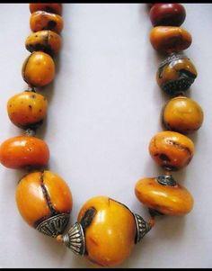 Ancient / antique Tibetan beads.