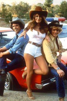 [Bo, Luke and Daisy Duke] The Duke family entertained Hazzard County visitors for seven prime time seasons and endless syndicated reruns. They worshiped God, served their fellow man, and offended no one until snowflakes told them to be. Hottest Female Celebrities, Celebs, Duke Shorts, Blake Lovely, Dukes Of Hazard, Mejores Series Tv, Uncle Jesse, John Schneider, Catherine Bach