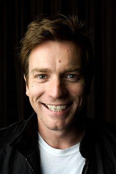 That old cheeky Ewan smile :)