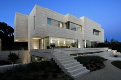 house-combining-art-and-architecture-by-a-cero-09