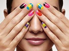 Good manicure & other tips! Sally Hansen, Colour Blocking Fashion, Color Blocking, Nail Polish Designs, Nail Art Designs, Hair And Nails, My Nails, Nail Effects, Gifts For Photographers