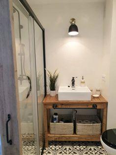 Un mueble para lavabo con palets – I Love Palets Diy Bathroom Furniture, Ideas Para, Cabinet, Shabby, House Design, Cosy, Pallet, Modern, Bath