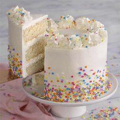 White Cake Recipe - Preppy Kitchen Cake Decorating For Beginners, Easy Cake Decorating, Birthday Cake Decorating, Cake Decorating Techniques, Decorating Ideas, Decor Ideas, White Birthday Cakes, Make Birthday Cake, 3rd Birthday