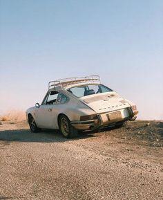Best Porsche Inspiration : Illustration Description campanoglo's on the back ,fuch's on the front and a roof rack. -Read More – Porsche 912, Porsche Autos, Bmw Autos, Porsche Cars, Porsche Carrera, Porsche Classic, Classic Cars, Auto Motor Sport, Sport Cars