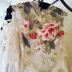 Claire Pettibone 'Heart's Desire' wedding dress   Photo: Rock 'n Roll Bride http://www.clairepettibone.com/hearts_desire