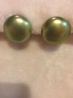 Vintage Green Round Clip On Earrings #544