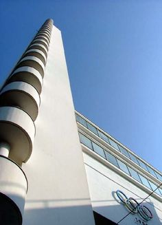 """Torre do """"Estádio Olímpico de Helsinque"""". # Helsinque, Finlândia."""
