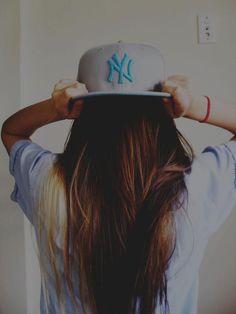 flat bill hats♥love the Yankees hat Yankees Hat, Flat Bill Hats, Girl Swag, Cool Hats, Snap Backs, New York Yankees, Snapback Hats, Swagg, Her Hair