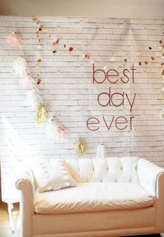 42 Photo Booth Backdrops For Your Wedding Diy Wedding Photo Booth, Diy Photo Booth, Photo Booth Backdrop, Wedding Photos, Photobooth Idea, Photo Backdrops, Photo Booths, Wedding Photo Walls, Photo Props