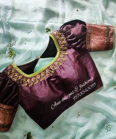 Every dress has a story! Designer boutique in MVP colony Contact. You are in the right place abou Wedding Saree Blouse Designs, Saree Blouse Neck Designs, Kurti Designs Party Wear, Blouse Patterns, White Blouse Designs, Looks Instagram, Instagram Makeup, Stylish Blouse Design, Blouse Models