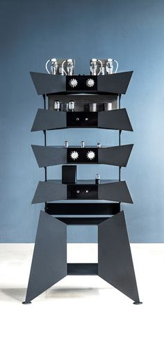 OMA Metamorphosis rack system and amps