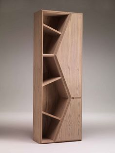 Fratelli Boffi - Lui  Lui bookcase in maple by Fratelli Boffi, 39-362-5643045; fratelliboffi.com. Unique Furniture, Wood Furniture, Furniture Design, Maple Furniture, Luxury Furniture, Bookshelves, Wood Design, Mobilia, Diy Woodworking