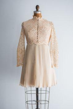 1960s Crochet Pleated Mini-Dress - S