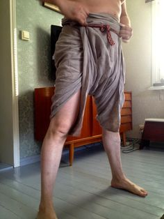 Hibernaatiopesäke: This is how you do it: loincloth wrapping - see the pictures! / Braies and how they do it-pictures!