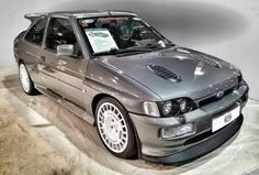 Ford escort RS cosworth Der hammer sehr geiles auto Ford Escort RS Cosworth The hammer very cool car Ford Rs, Car Ford, Ford Capri, Ford Motorsport, Ford Sierra, Ford Classic Cars, Classic Motors, Ford Escort, Performance Cars