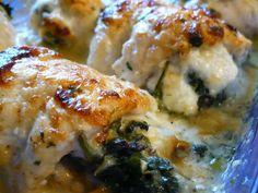 Esta típica receta Italiana, tambien conocida como Pollo Quattro Formaggi, es perfecta para los amantes del Queso. Se trata de Pechugas de Pollo rellenas con Espinaca, envueltas en una exquisita mezcla gratinada de Quesos. Hace agua la boca solo leerlo! Les invitamos a probarla. Precisamos: 1 Pechuga de Pollo (deshuesada …