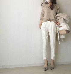 【coordinate】ベージュ×ホワイトの淡い色コーデにパイソン柄パンプスでアクセント の画像|Umy's プチプラmixで大人のキレイめファッション