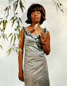Sixties music - Millie Small My Boy Lollipop Music Icon, Soul Music, Reggae Bob Marley, Vintage Black Glamour, British Invasion, Dance Hall, Kinds Of Music, Elegant Woman, Rock And Roll