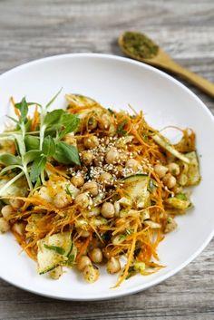 food moods: Carrot & Chickpea Salad with Za'atar >>  a Mediterranean Mood indeed!