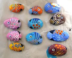 More painted river rocks - cute! check out Mark Montano's blog for lots of fun craft ideas!