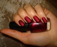 OPI - Matte Silk Red