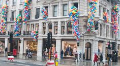 London Balloon Lady - J crew launch.  Cascades plus balloon give away