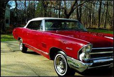 Vintage Auto, Vintage Cars, Convertible, Pontiac Catalina, Pontiac Cars, Ticket To Ride, Jdm Cars, General Motors, Automotive Design