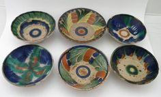 Platos pozoleros mexicanos en cerámica de baja temperatura decorados a mano. Siglo 20 temprano. Informes: integradoradeartedelnoreste@gmail.com