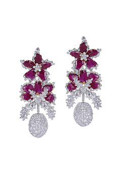 Creating exquisite ruby jewelry for men & women, Gemfields & Indian designer, Bina Goenka, partner to create 'A Flower that Never Wilts': http://www.luxuryfacts.com/index.php/sections/article/4703