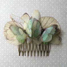 // handmade hair comb with seafoam green aqua light teal silk organza... (69 CAD) ❤ Cute Jewelry, Hair Jewelry, Jewelry Accessories, Fashion Accessories, Jewellery, Bridal Accessories, Wedding Jewelry, Fly Away Hair, Diy Accessoires