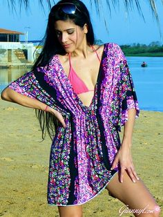 (Video) #DIY Plunge Swimsuit Cover Up w/ @GiannyL  ~~ TheGreenGirls.com