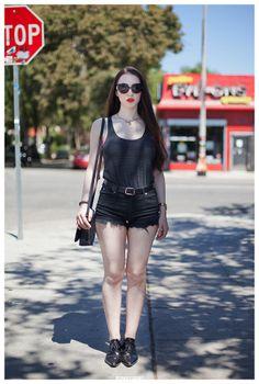 Zoë_Los_Angeles_Street_Style_Portrait.jpg 620×920 píxeles