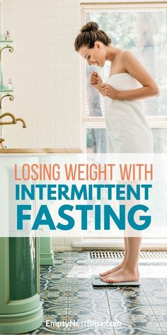 Losing weight with intermittent fasting is easy and not as complicated as you think. What you need to know to lose weight by intermittent fasting. Start Losing Weight, Diet Plans To Lose Weight, Loose Weight, Best Weight Loss, Weight Loss Tips, How To Lose Weight Fast, Weight Gain, Weight Control, Lose Fat