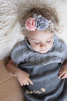Plata Pompón Corona de flores Diadema flor fieltro Making Hair Bows, Diy Hair Bows, Floral Headbands, Baby Headbands, Felt Crafts Patterns, Felt Crown, Felt Headband, Cute Girl Dresses, Baby Hair Clips