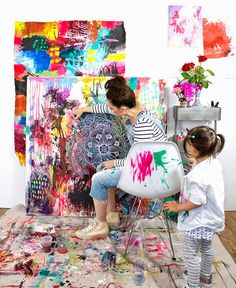 A Creative Home. How to design a home that builds a child's creativity (image by Alisa) Painting Studio, Painting For Kids, House Painting, Art For Kids, You Draw, Creative Home, Art Plastique, Mandala Art, Kids House