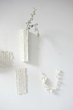White Atelier BCN ceramics. New porcelain petal chain