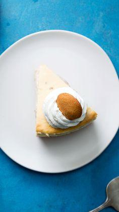 Banana Pudding Cheesecake – Dessert & Kuchen Rezepte Banane … - New ideas Magnolia Bakery Banana Pudding, No Bake Banana Pudding, Banana Pudding Cheesecake, Banana Pudding Recipes, Cheesecake Recipes, Homemade Vanilla Pudding, Banana Dessert Recipes, Trifle Desserts, Baked Banana