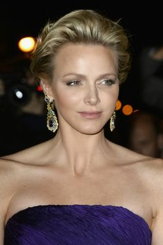 Princess Charlene at a Ralph Lauren event. On closer inspection, it looks like these FAB earrings are clip-ons. If Charlene doesn't have pierced ears, that would help explain why we so rarely see her wearing earrings.