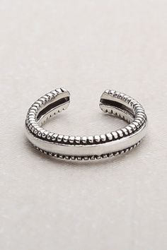 dotted band toe ring