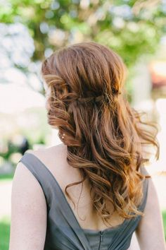Soft, Sexy Waves for the Bride & Bridemaids - Mon Cheri Bridals