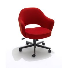 Conference Armchair on Base with castors. Designed by Eero Saarinen in Make a great home-office chair and can be upholstered in many fabrics\colours. Desk Chair, Sofa Chair, Cool Office Space, Office Spaces, Best Desk, Home Office Chairs, Swivel Armchair, Interior Exterior, Sofa Furniture