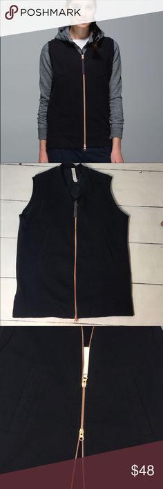 Lululemon vest size medium In excellent use condition lululemon athletica Jackets & Coats Vests