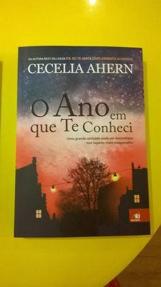 """O Ano em que te Conheci  Cecelia Ahern  Novo Conceito     """"Todos nós temos momentos marcantes em nossas vidas, períodos que influenciaram m..."""