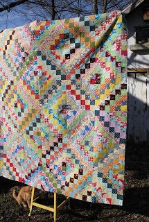 Get inspired by this scrappy trip around the world quilt top from Olive & Ollie. The color and detail in this top are just beautiful. Click http://www.craftsy.com/ext/20130129_14_Quilting_1