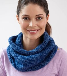 Knit a cozy everyday cowl!