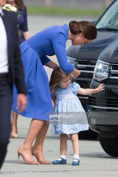 News Photo : Catherine Duchess of Cambridge with daughter...